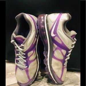 Women's S. 8 Nike air max running shoes gray/